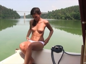 naturist young beauty
