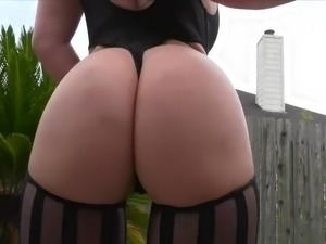 upskirt pictures black booty
