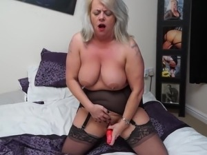 hot shaved pussy mothers