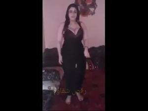 arab girl small boobs