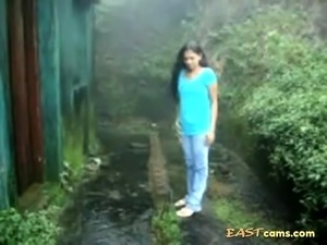 outdoor pussy flashing