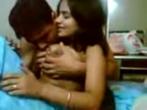 indian college girls undressing pictures