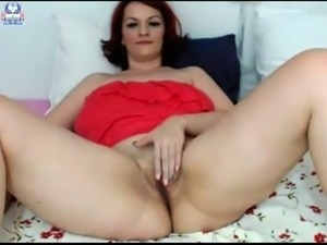free mature hairy pussy solo